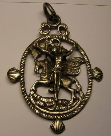 Medalla de ventana de Santiago matamoros y Jesucristo (R.Cat. PFV Matamoros 6 y Crucificado 5) CCegP