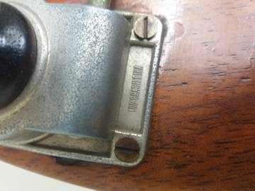 Sobre Restauração, Baixos Chineses e Luthier HVS1C